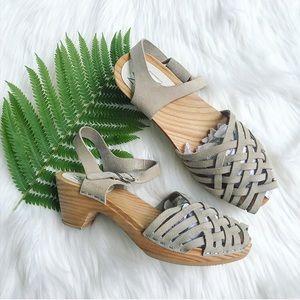MAGUBA wood clog sandals